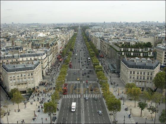 ����� ����� ������� ������!!! Champs_Elysees1.jpg