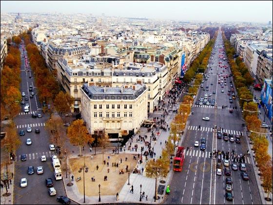 ����� ����� ������� ������!!! Champs_Elysees2.jpg