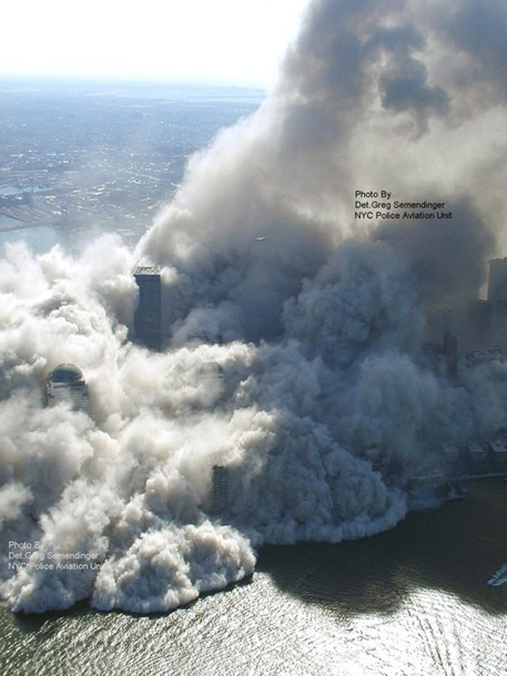 صور سقوط برج 11 سبتمبر Sep3