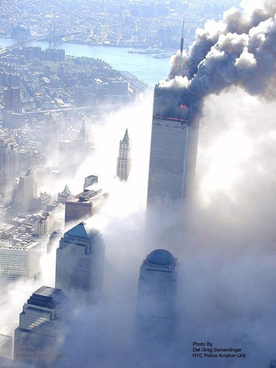 صور سقوط برج 11 سبتمبر Sep7