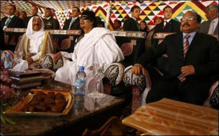 بعيدا عن الجديه الزعماء العرب في صور مضحكه zo3ama25.jpg