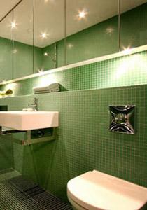الحمام.. الكلاسيكية والرومانسية!! Bathroom_lighting-0001.jpg