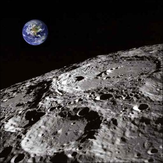 تقلص سطح القمر moon_2.jpg