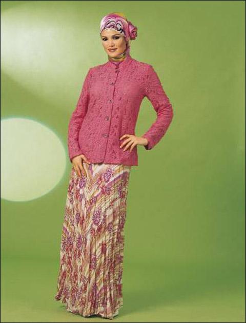 أجمل الملابس للنساء المحجبات.ملابس يومية مريحة وملابس للمناسبات الخفيفة والانيقة! Clothes_04.jpg