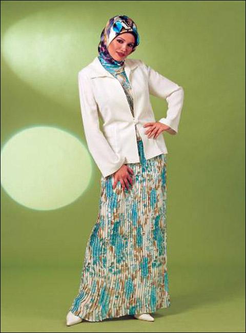 أجمل الملابس للنساء المحجبات.ملابس يومية مريحة وملابس للمناسبات الخفيفة والانيقة! Clothes_10.jpg