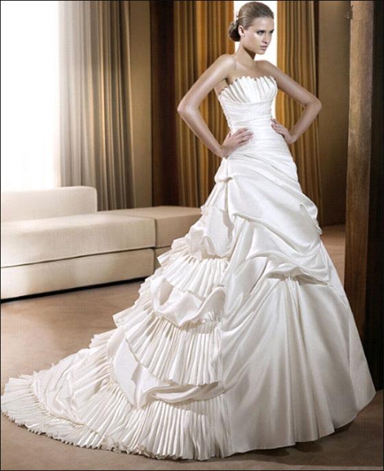 اجمل فساتين زفاف بس لعيونكم الحلوة dress11.jpg