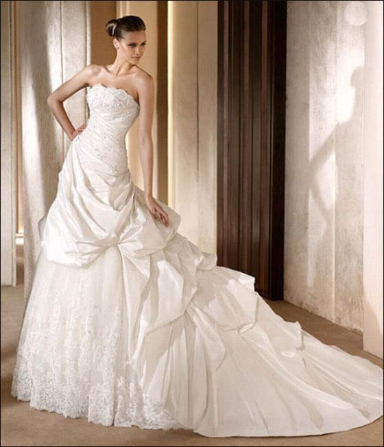 اجمل فساتين زفاف بس لعيونكم الحلوة dress3.jpg