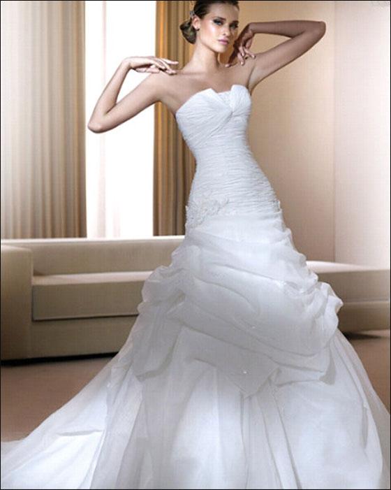 اجمل فساتين زفاف بس لعيونكم الحلوة dress9.jpg