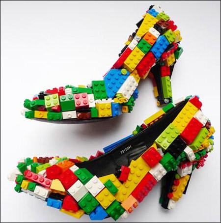 حذاء من الليغو بـ 2600 دولار فقط!!!