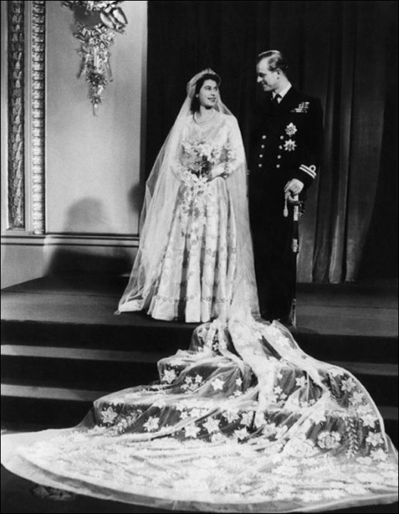 أجمل فساتين عرائس ارتدتها النجمات Princess-Elizabeth-marries-.jpg