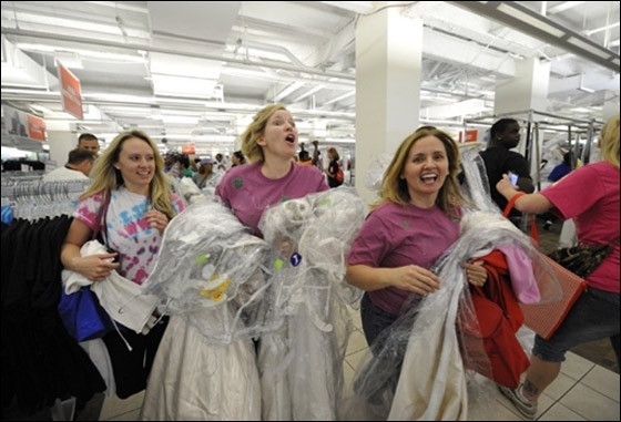 The Running of the Brides race - yahoocom