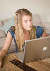 خدمة جديدة ومزعجة على فيسبوك: التعرف الى الوجوه تلقائيا!