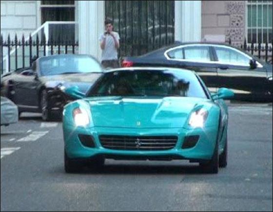 عراقي متهور يقود فيراري بشوارع لندن بسرعة 200 ميل في الساعة!
