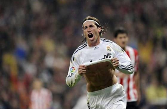 سيرجيو راموس وبيبي يمددان عقديهما مع ريال مدريد حتى 2017