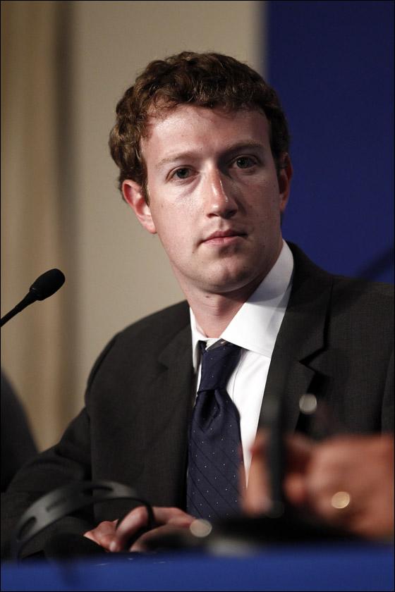 من هو أسوأ رجال العالم أناقة لعام 2011؟؟