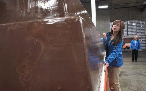 رقم قياسي جديد لاضخم قالب شوكولاطة يبلغ وزنه 5455 كغم!!