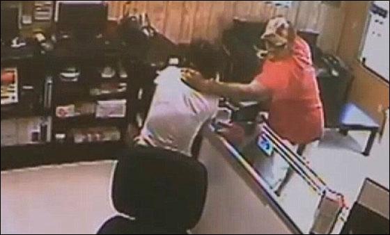 سارق قتل عاملة في متجر واخفى جثتها في صندوق سيارتها! بالفيديو hernandez6.jpg