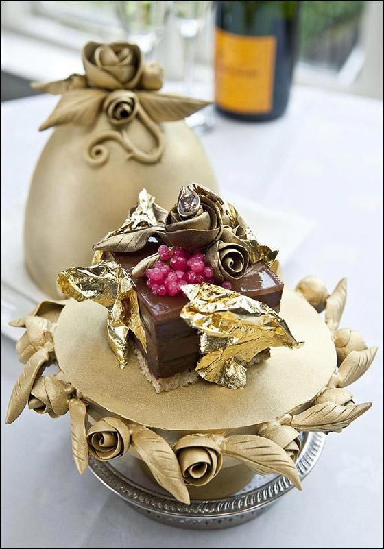 بالصور: أغلى قطعة حلويات في العالم مصنوعة من الذهب والالماس