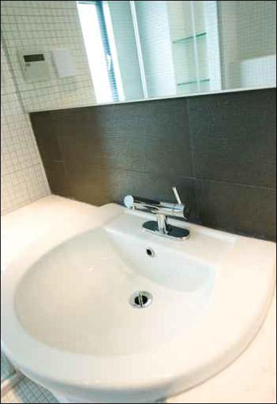 تشكيلة مميزة من مغاسل الحمام!! Sink_07.jpg