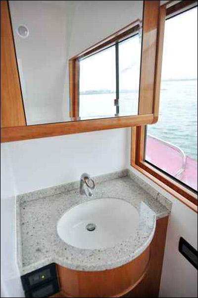 تشكيلة مميزة من مغاسل الحمام!! Sink_08.jpg