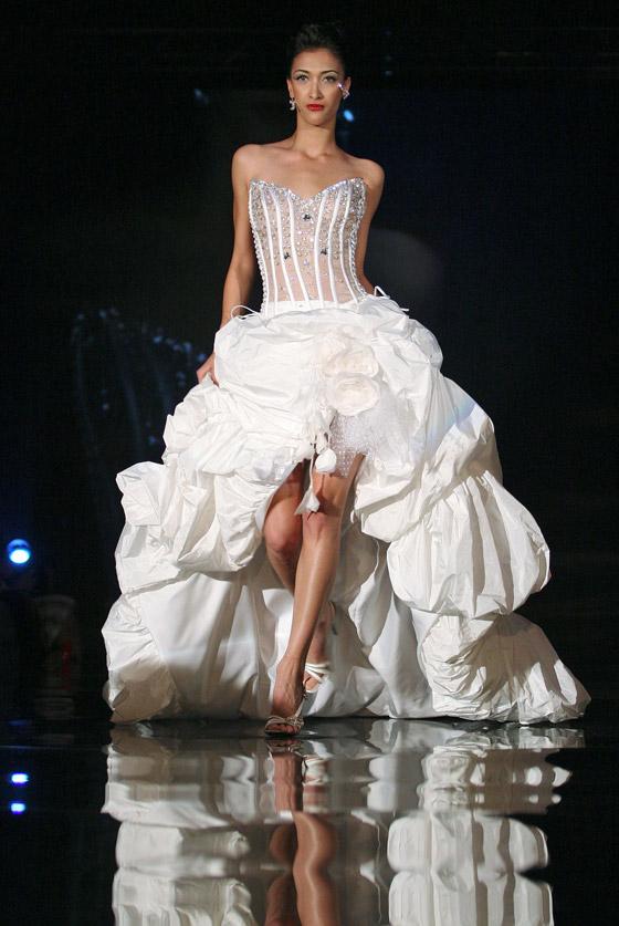 بالصور.. فساتين زفاف مميزة لجميع المقبلات على الزواج!