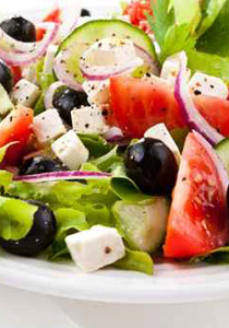 طريقة تحضير سلطة البندورة الصحية salad.jpg