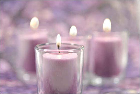 اليكم تصاميم الشموع لتزيد بيوتكم نورا في العيد!