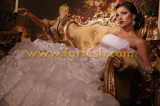 صالون ابراهيم: اللون العسلي والنحاسي تاج على رأس موضة صيف 2012