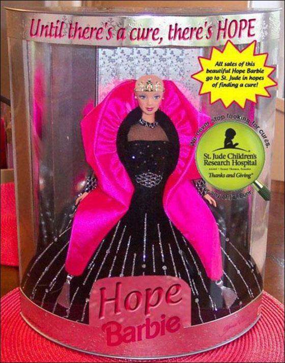 باربي صلعاء وجميلة.. حملة لدعم الاطفال المصابات بالسرطان!!