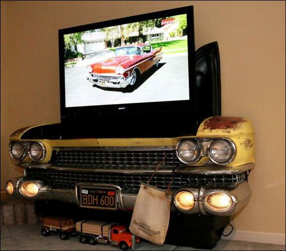 بالصور: شغفه بالسيارات دفعه لتحويلها الى اثاث في منزله! Car_home_07