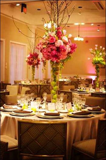 اليكم ارقى واروع التصاميم لتزيين طاولات الزفاف!