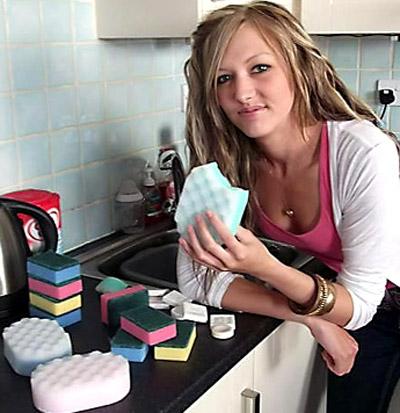 اضطراب نادر يجعل بريطانية اكل 4000 اسفنجة تنظيف وقطع صابون!