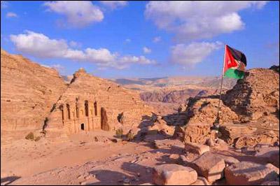 """""""فرفش"""" يأخذكم برحلة الى اجمل البلدان العربية.. سوريا!"""