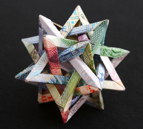 شاهدوا أجمل النماذج التشكيلية بالعملات النقدية لفنانة كندية