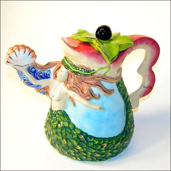 بالصور.. اغرب تصاميم اباريق الشاي واكثرها جنونا!!