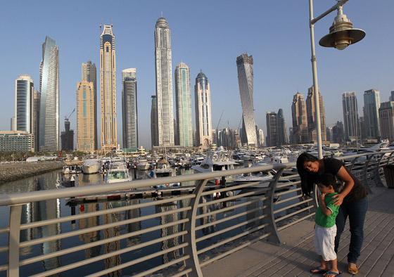 """بالصور.. """"برج الاميرة"""" في دبي يدخل موسوعة """"غينيس""""!"""