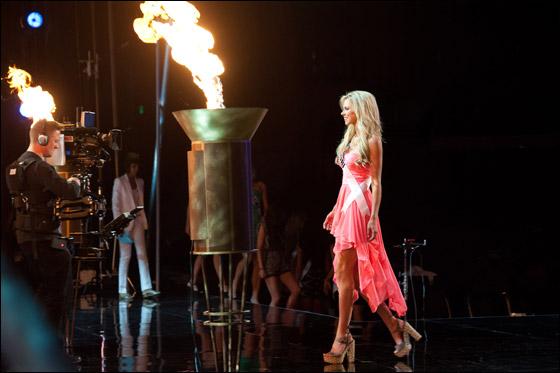 بالصور والفيديو.. أوليفيا كلبو ملكة جمال الولايات الامريكية لعام 2012!