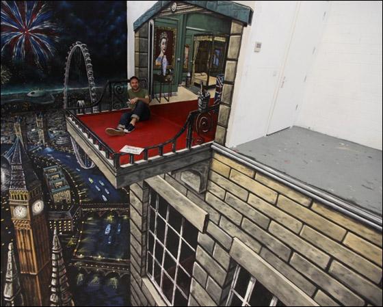 رسوم ثلاثية الأبعاد فائقة الغرابة تُدخل صاحبها موسوعة جينيس