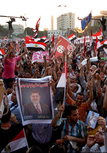 البرادعي: مصر في فوضى عارمة وخسارة مرسي قد تزيد منها!