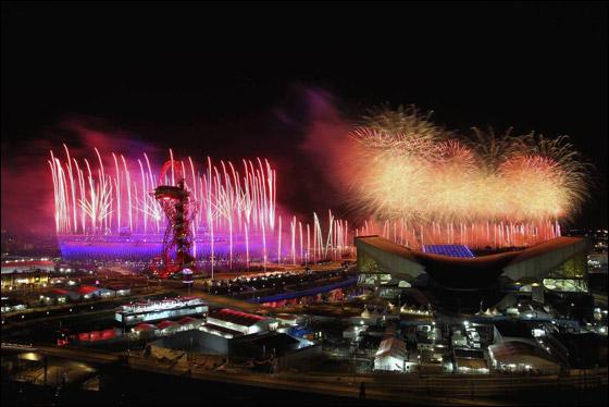 احتفال ضخم بتاريخ وثقافة بريطانيا بافتتاح اولمبياد لندن 2012! London_Olympics_01.j