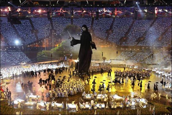 احتفال ضخم بتاريخ وثقافة بريطانيا بافتتاح اولمبياد لندن 2012! London_Olympics_15.j