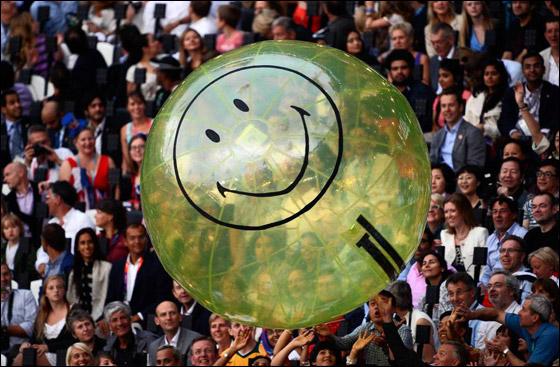 احتفال ضخم بتاريخ وثقافة بريطانيا بافتتاح اولمبياد لندن 2012! London_Olympics_16.j