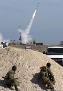 ما هي القبة الحديدية وكيف تعترض الصواريخ في الجو؟! 270_gaza.jpg