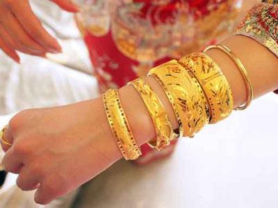 اجمل الاكسسوارات الذهبية
