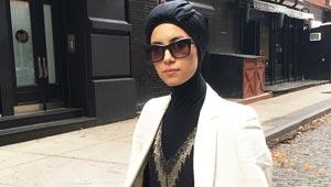 مصممة أمريكية من اصل فلسطيني ترفض خلع الحجاب رغم العنصرية