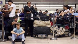 سوء الاحوال الجوية او تأخر راكب من بين 5 اسباب تعرقل رحلات الطائرات