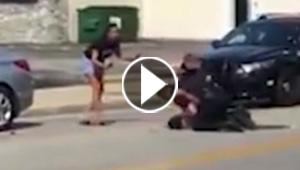 فيديو صادم يظهر شرطيا امريكيا يضرب رجلا في الشارع
