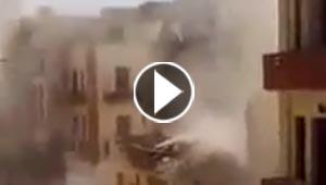 شاهد لحظة انهيار مبنى سكني حديث في اسيوط بمصر.. فيديو