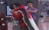 ليان تودّع محمد القاق بالدموع والأحضان