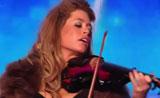 فيديو مواهب  عزف رائع علي الكمان- مبدعة ومتألقه